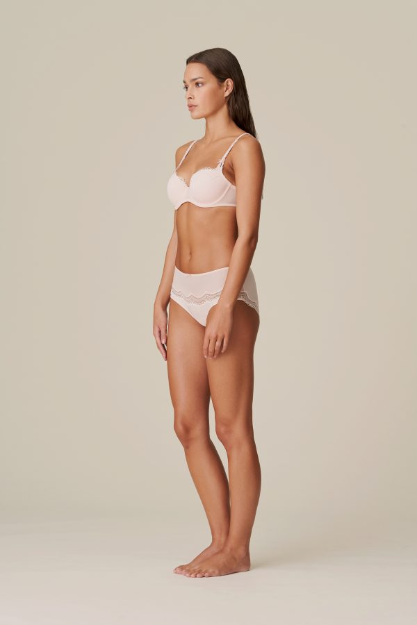 DOLORES glossy pink balconnet bh met mousse cups