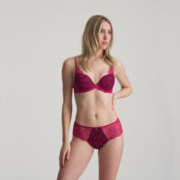 ANNA amarena luxe string