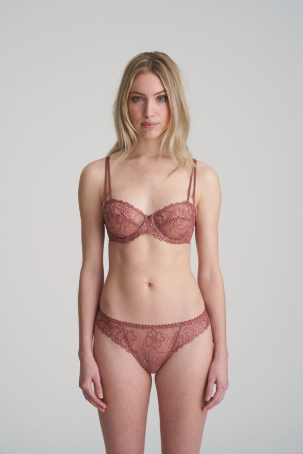 JANE Red Copper string